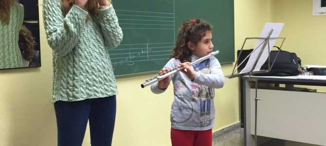 Diferencias del aprendizaje musical entre un niño y un adulto